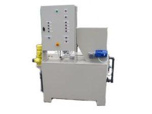dozowanie polielektrolitu ze stacji przygotowania roztworu polielektrolitu z proszku
